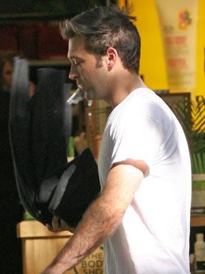 Celebrity Smokers | Paul Nicholls | Pictures | Now Magazine | Celebrity Gossip