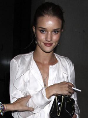 Celebrity Smokers | Rosie Huntington-Whiteley | Pictures | Now Magazine | Celebrity Gossip