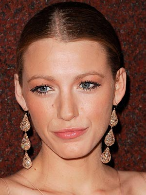 Blake Lively | Celebrity hair | Pictures | New styles | Latest | Hair | Now | Photos | Hairstyles