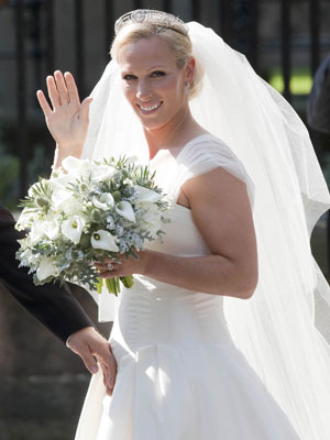 WEDDING JOY! Zara Phillips marries Mike Tindall in front ...