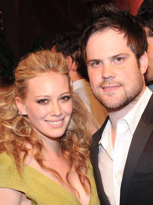 Hilary Duff and Mike Comrie | Hilary Duff and Mike Comrie at a party in LA | Now Magazine | Celebrity Gossip | US News | Pictures