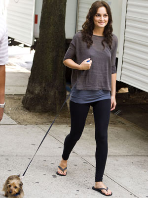 Leighton Meester | On Set Filming Gossip Girl | Pictures | Photos | New