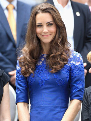 kate middleton s hair fails to cover her large scar from a childhood operation celebsnow celebsnow