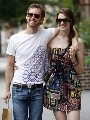 Adam Shulman and Anne Hathaway | New | Pictures | Photos | Celebrity News