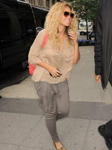 Beyonce | Celebrity Spy - 26 April 2012 | Pictures | Photos | New | Celebrity News