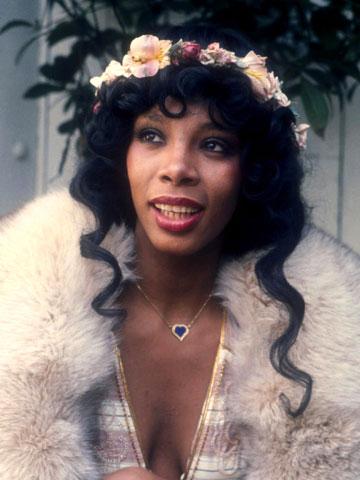 SAD NEWS Disco diva Donna Summer is dead at 63 - CelebsNow