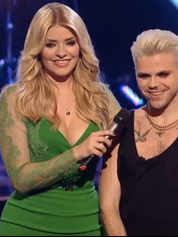 Holly Willoughby   Green dress   The Voice   Pictures