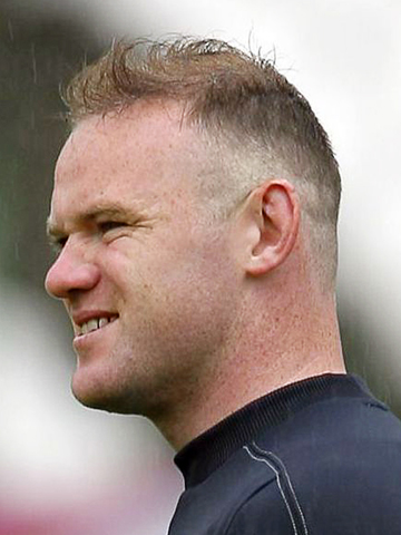 euro 2012 whats going on with wayne rooneys hair