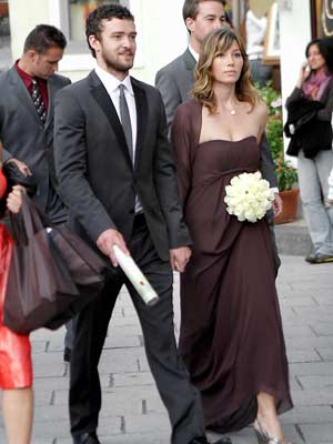 Justin Timberlake and Jessica Biel get all dressed up