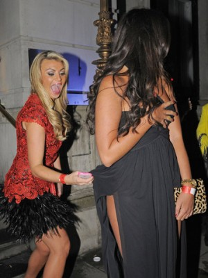 Billi Mucklow and Cara Kilbey | London | Pictures | Photos | New | Celebrity News