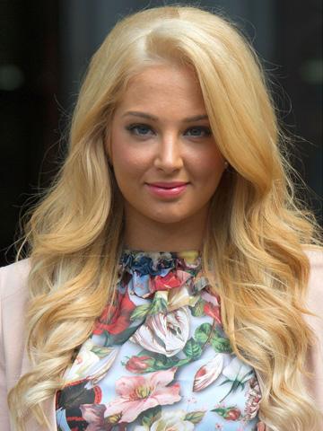 Shock X Factor Judge Tulisa Contostavlos Goes Blonde