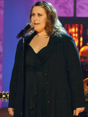 Alison Moyet | Alison Moyet in concert | Now Magazine | Celebrity Gossip | Pictures