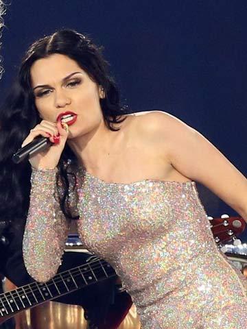Jessie J | Olympic Closing Ceremony | London 2012 | Rolls Royce | Beauty News