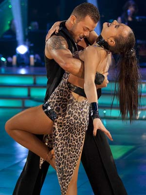 Kara Tointon and Artem Chigvintsev | Strictly Come Dancing Season 8 Week 1 | Celebrities | Pictures | Photos | Now Magazine
