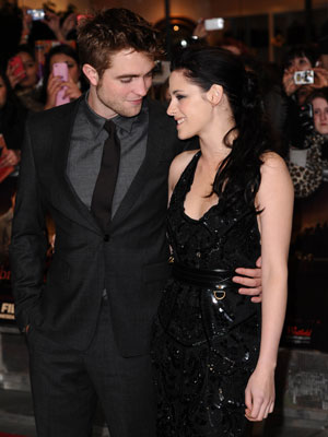 Robert Pattinson and Kristen Stewart | The Twilight Saga: Breaking Dawn Part 1 London premiere | Pictures | Photos | New | Celebrity News