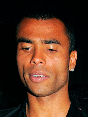 Ashley-Cole-5.jpg