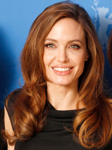 Angelina Jolie | Celebrity hair | Pictures | New styles | Latest | Hair | Now | Photos | Hairstyles