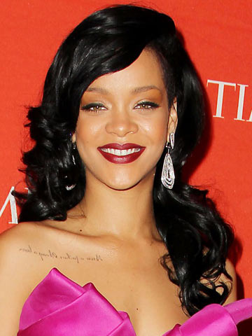 Rihanna | Celebrity hair | Pictures | New styles | Latest | Hair | Now | Photos | Hairstyles