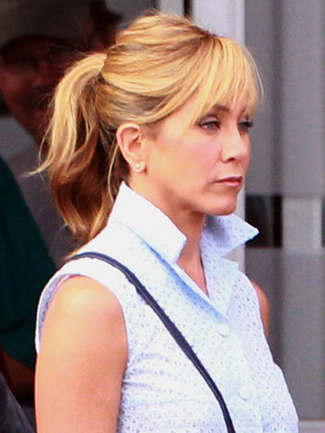 Jennifer Aniston Ditches Her Usual Glam Red Carpet Hair For A Fringe