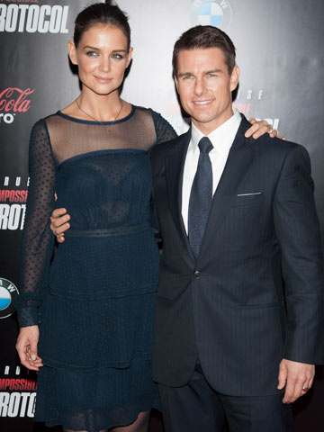 Tom Cruise and Katie Holmes | Celebrity Spy 19-21 December 2011 | Pictures | Photos | New | Celebrity News
