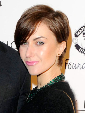Katherine Kelly Shows Off Drastic New Haircut Celebsnow