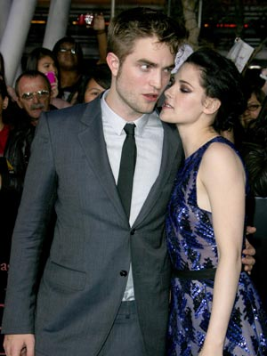Robert Pattinson and Kristen Stewart | Twilight Breaking Dawn Part 1 LA Premiere | Pictures | Photos | New | Celebrity News