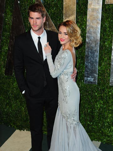 Liam Hemsworth and Miley Cyrus | Vanity Fair Oscars Party 2012 | Pictures | Photos | New | Celebrity News