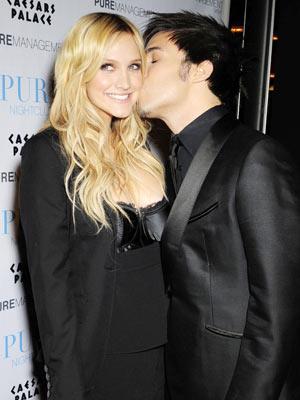 Ashlee Simpson   Ashlee Simpson and Pete Wentz are loved up   Now magazine   Celebrity Gossip