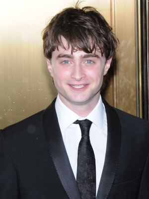 Latest daniel radcliffe articles celebsnow daniel radcliffe weeps at beautiful funeral of harry potter co star pmusecretfo Choice Image