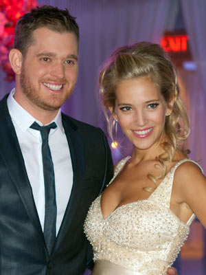 Michael Buble and Luisana Lopilato | Pictures | Photos | New
