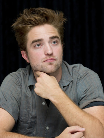 Robert Pattinson   Celebrity Spy   Pictures   Photos   New   Celebrity News