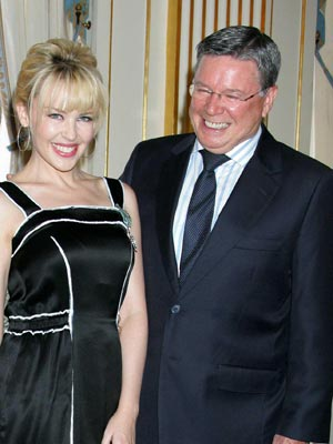 Photo of Kylie Minogue & her Father  Ron Minogue