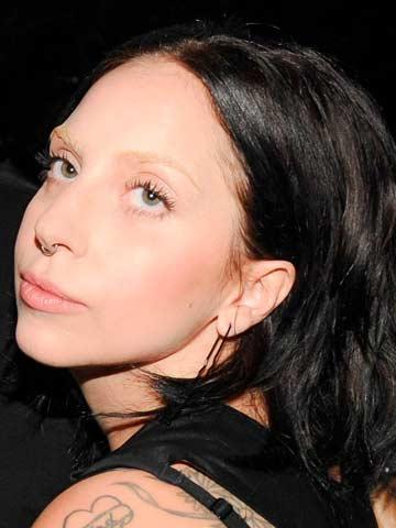 Catch Up Cara Lady Gaga Heads The Bushy Eyebrow Lashback