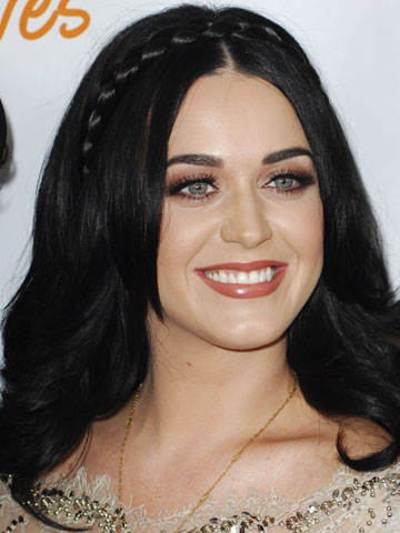 Katy Perry sends John Mayer to boyfriend school - CelebsNow Katy Perry High School Boyfriend