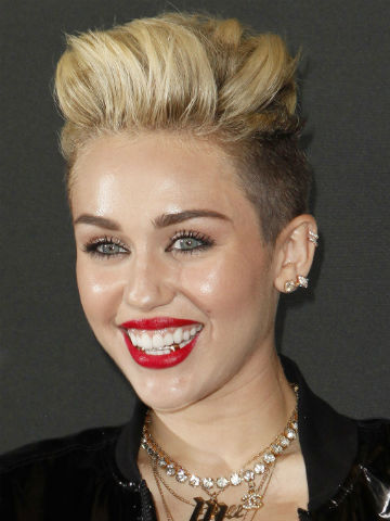 What celebrity has the worst teeth