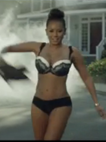 OMG! Mel B strips to underwear, cuts her hair off and ...