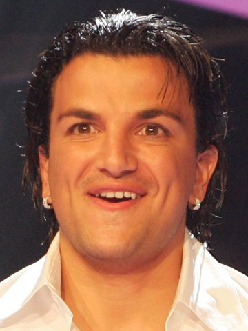 Peter Andre shares rare photo of sons Junior and Theo ...