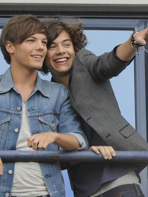 Louis Tomlinson and Harry Styles | Manchester 2011 | Pictures | Photos | New