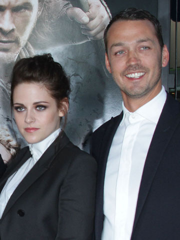 Kristen Stewart and Rupert Sanders | Snow White And The Huntsman | Pictures | Now magazine