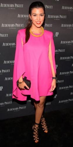 Kourtney Kardashian | Star Trends | Fashion | Pictures | Photos | New | Celebrity News