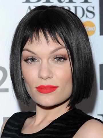 Jessie J Reveals Instant New Dark Bob Hairstyle Celebsnow