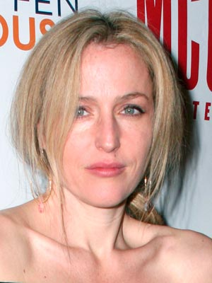 Gillian Anderson | Celebrity hair | Pictures | New styles | Latest | Hair | Now | Photos | Hairstyles