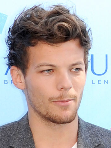 why louis tomlinsons new beard drives me wild celebsnow