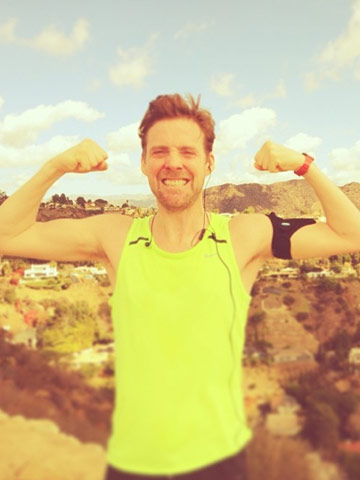 HOT! The Voice's Ricky Wilson shows off sexy muscles in ...