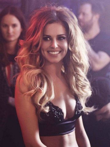 Cheryl cole hot boobs