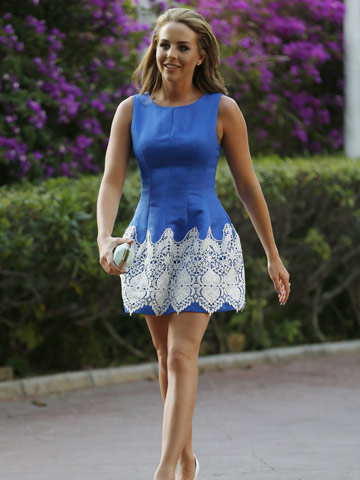 Exact Match Lydia Bright Shows Off Sexy Toned Legs And