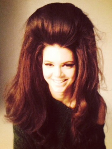 Big Hair Don T Care Kendall Jenner Works Huge 60s Style Bouffant In