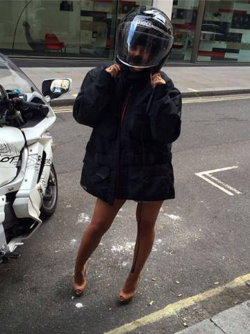Hot The Saturdays Frankie Sandford Bares Sexy Legs In