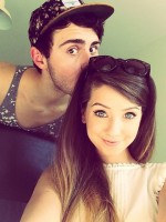 Alfie Deyes And Zoella