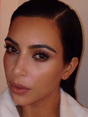 Kim Kardashian selfie | Now magazine | photos | pictures | selfies | Kim Kardashian